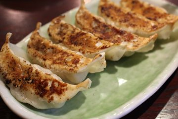 <p>Gyouza side dish</p>