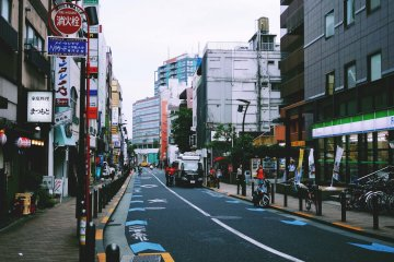 <p>The street where Jomon Roppongi is located&nbsp;</p>