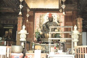 Kanon statute inside Main Hall