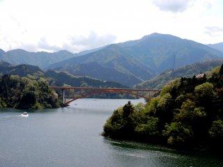 Bridge over Lake Miyagase