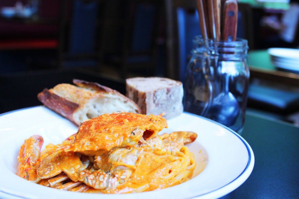 Tomato cream pasta with crab