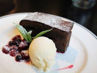 정말 맛있었던 초콜렛 케이크