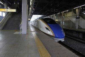 The Hokuriku Shinkansen train towards Karuizawa Station.
