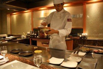 Okonomiyaki at President Chibo