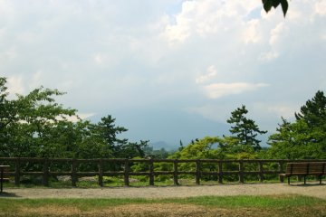 <p>A spot where you can see Mount Iwaki</p>