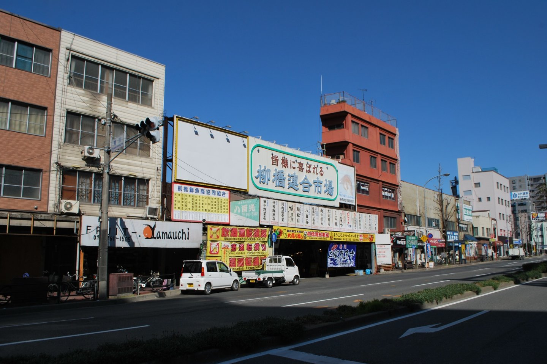 The entrance to the market is on Sumiyoshi-dori