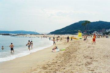 오사카 해변과 야구장