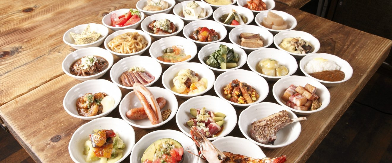 Spice tapas selection – izakaya style dishes for ¥500 each