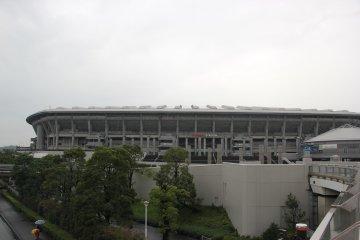 <p>Приближаясь к стадиону</p>