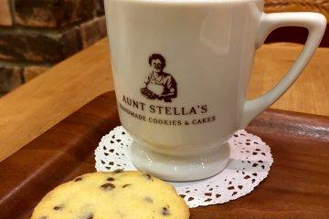 Печенье в Aunt Stella's Atre Кавасаки
