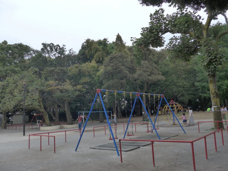 <p>One of the main features is the big playground, but there is a lot more to see.</p>