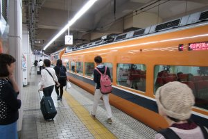 The Kintetsu Line has 2 direct services to Nara per hour during the day and up to four or five per hour during the evening rush hour. Trains bound for Kashihara Jingumae (橿原神宮前) can also get you to Nara with a transfer at Yamato Saidaiji Station (大和西大寺). Trains bound for Kashihara Jingumae land at track 1 at Yamato Saidaiji Station. Transferring to a Nara bound train from there is as easy as walking across the platform to track 2, or waiting for the next Nara bound train to arrive on track 1