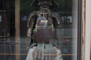 الزي الرسمي لمحاربي المدينة قديماً