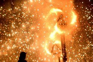 Spinning fireworks