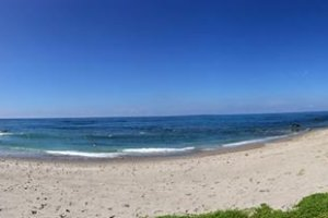 Berkemah di Pantai