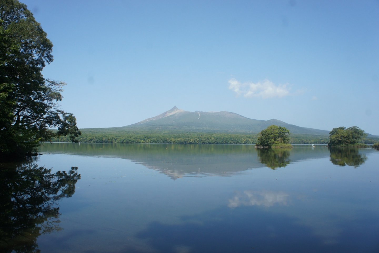 Gunung Koma-ga-take di seberang sana.