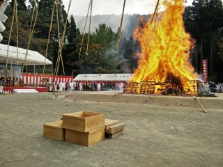 The main pyre in full flame