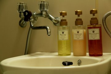 <p>Of course enough soap, shampoo and conditioner</p>