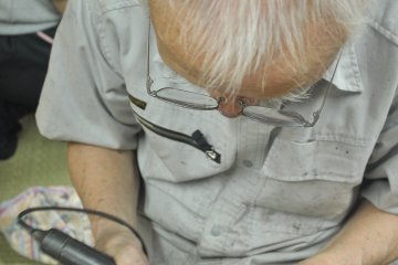 <p>Polishing is executed both with hand tools and machines</p>