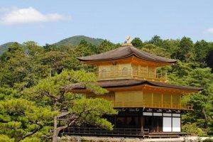 The Golden Palilion of Rokuon-ji