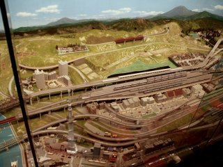 A top view of the interactive HO-gauge model trains