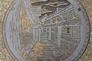 The Imai-cho manhole cover reflects the character of the town