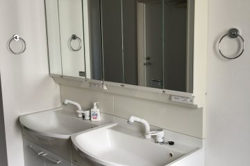 <p>Public wash basin on every floor. You can keep your things in the cabinet.</p>