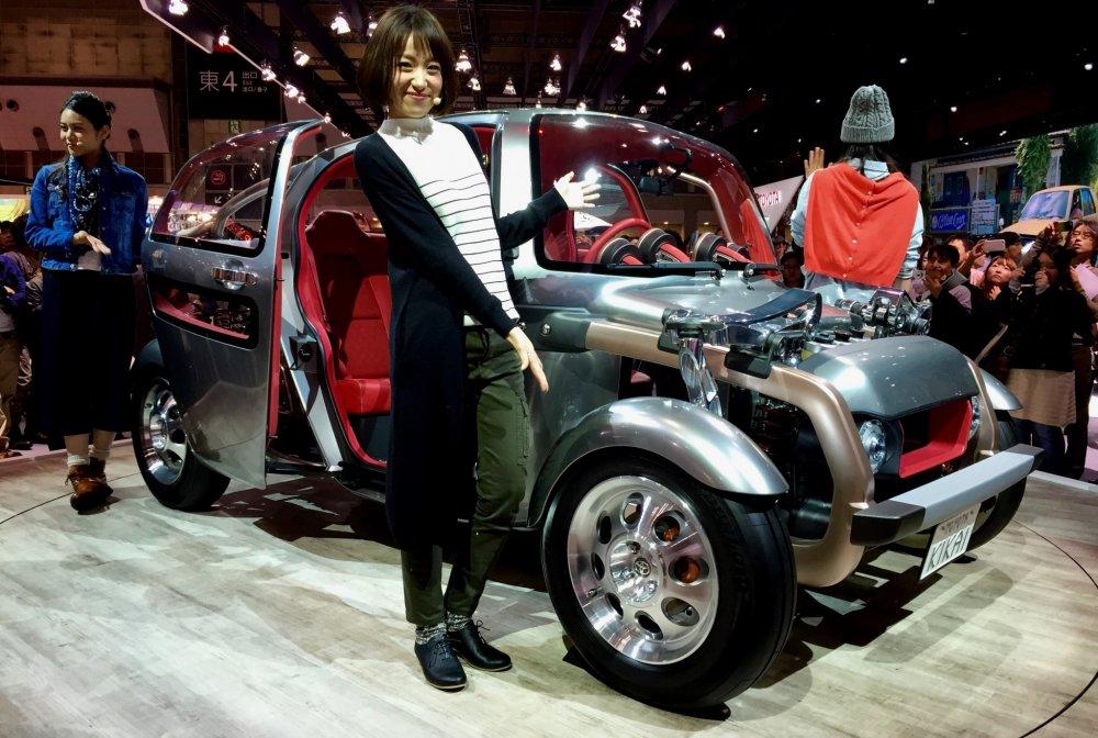 Toyota KIKAI - хот-род с открытыми частями, которые не видны в обычных автомобилях