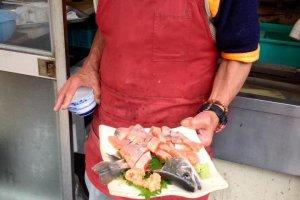 Một đĩa sashimi amago mùa hè tươi nhất