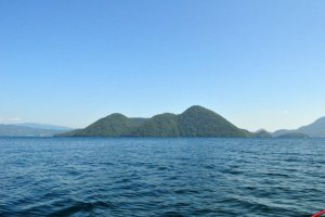 Naka-no-shima from the water