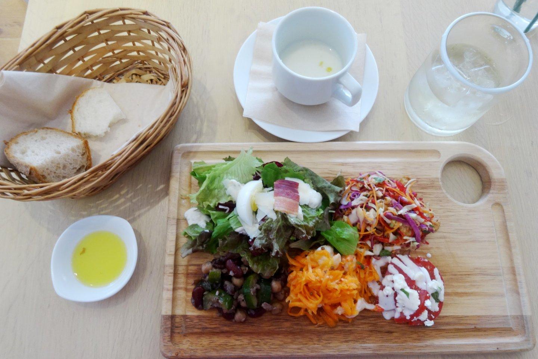 Daylesford Organic Cafe [Closed] - Shibuya, Tokyo - Japan Travel