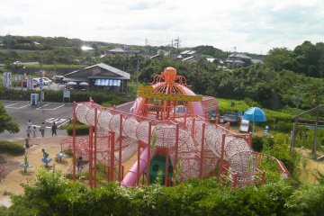 Port Akasaki: Road Station