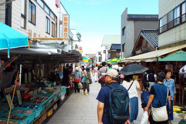 Wajima Morning Market after opening