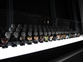 Star Wars bobblehead display