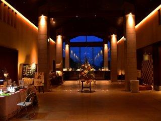 환상적인 저녁 호텔 로비