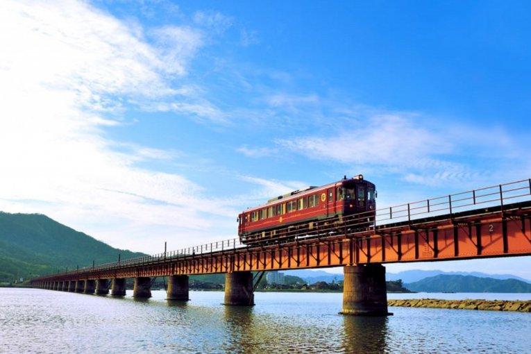 รถไฟหรู Amanohashidate Maizuru