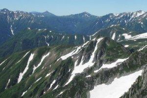 Mountin views from Oyama Peak