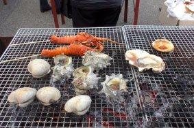 Pasar Seafood di Pelabuhan Ohara