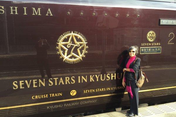 ตู้รถไฟ มองจากชานชาลา