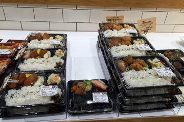 Obento at Fukushimaya are really good