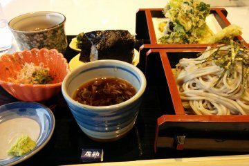 <p>The day use restaurant offers delcious, inexpensive meals</p>