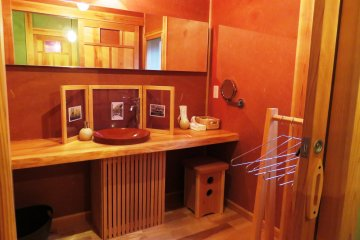 Wood style bathroom
