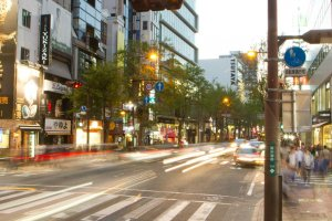 Tree-lined Kokutai-doro, on the southern side of Tenjin, has shopping, cafes, and restaurants