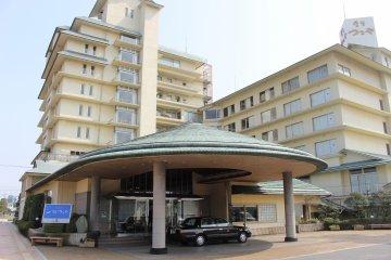 Outside Kaike Tsuruya ryokan hotel