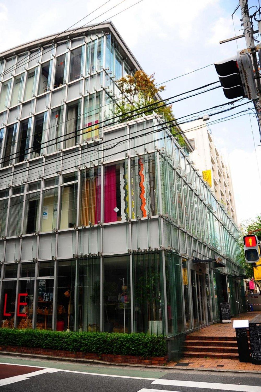 Bakeshop is on the 4th floor of the Idee Shop in Jiyugaoka