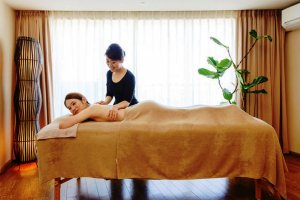 Relax at the Esthetic Salon Ryukyu Style YUKURU