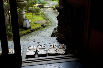Geta sandals and full dress provided if you want to walk the streets in style