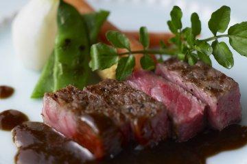 Tajima beef, similar to Kobe beef, the local specialty of the Tajima area