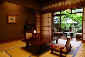 Full tatami area and table in each room for plenty of space to lie down and relax