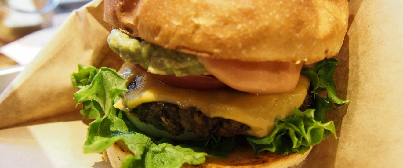 Ripple Cheesburger at Ain Soph.Ripple